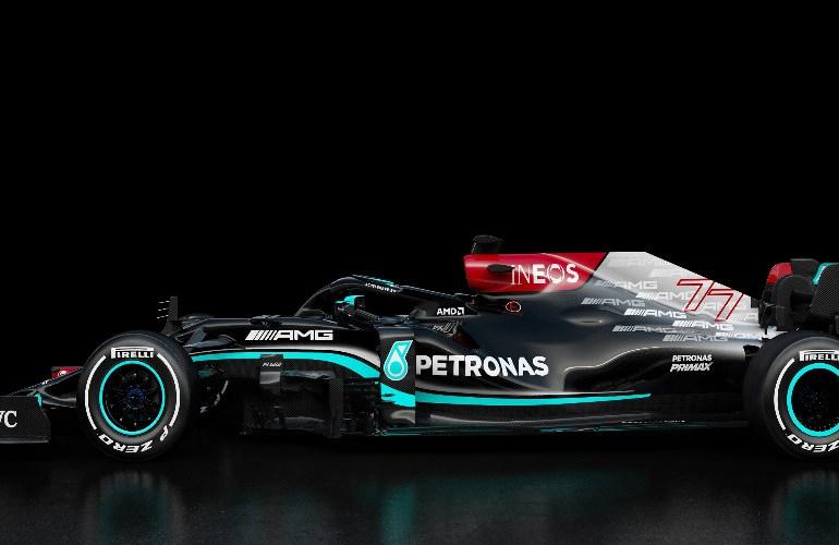 Mercedes presenteert bolide voor 2021 (video)