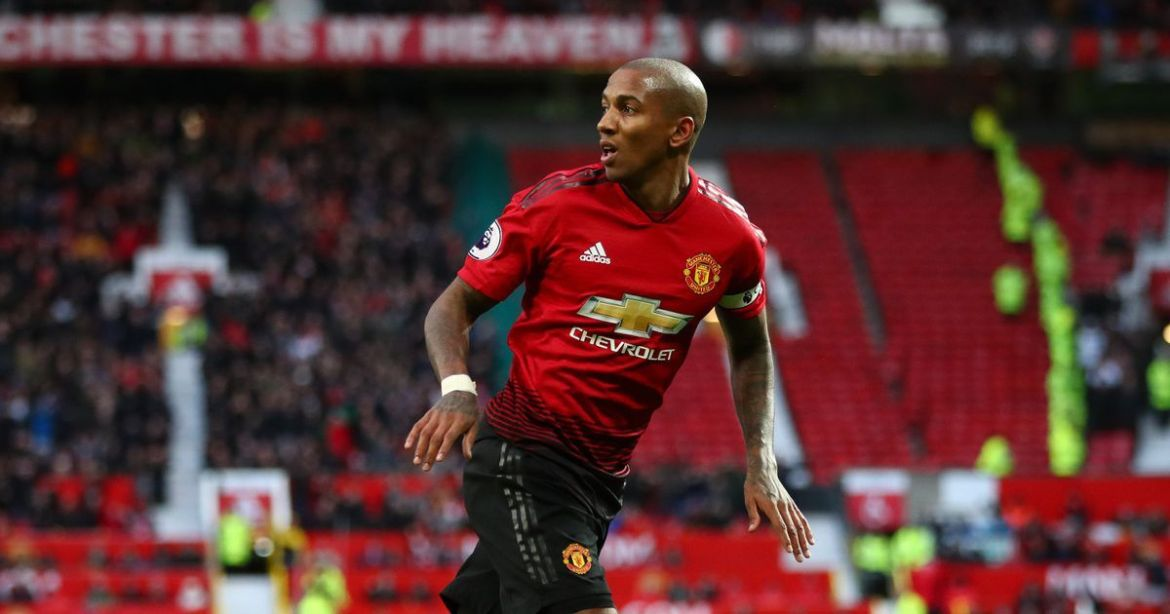 Ashley Young enthousiast door 'briljant om te zien' Ashley Young  United teamgenoot Diogo Dalot – Mirror Online — Archy news nety