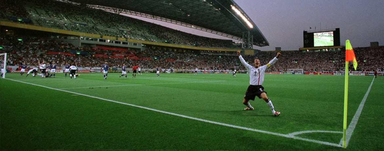 SOCCER.COM guide to David Beckham's adidas Predator Soccer Cleat History