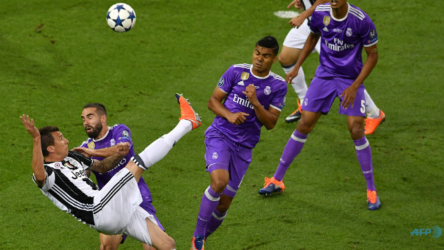 La chilena de Mandzukic, mejor gol UEFA de la pasada temporada