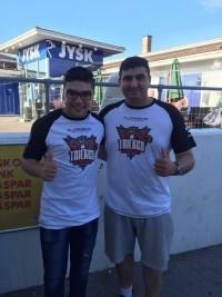 Hassan og Al-Bacha i deres Tricked-trøjer.