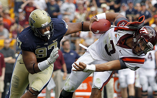 Pitt DT Aaron Donald impresses with his quickness over brawn. (Getty)