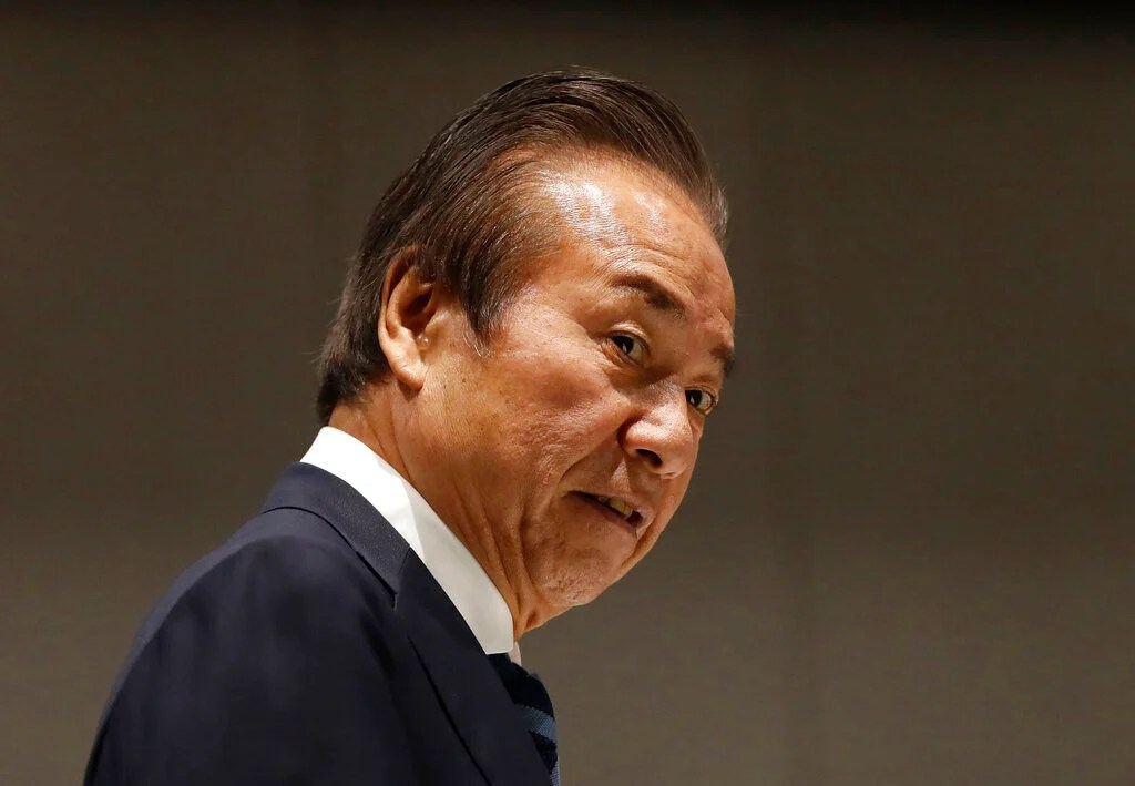 Photo of Tokyo Olympic board member would support another delay
