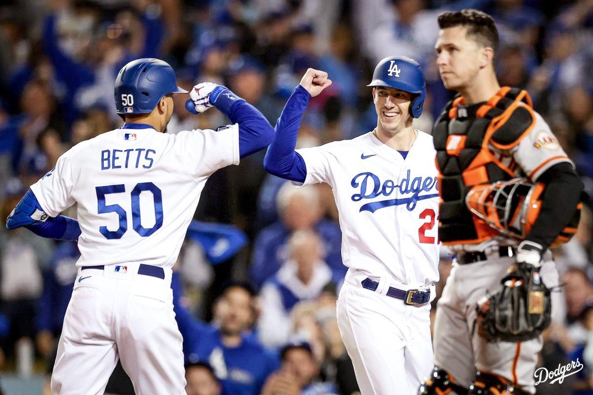 Mookie Betts Dodgers Giants