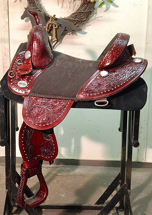 FULLY TOOLED ROUND SKIRT BARREL RACER