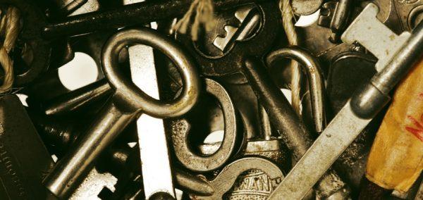 How to do the Americana Keylock Defense