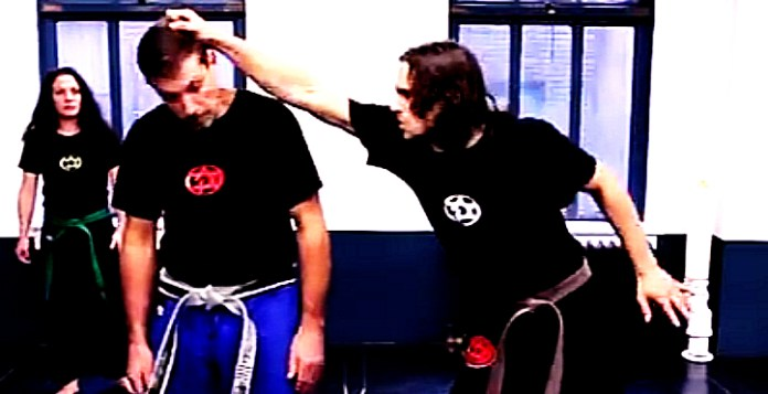 How to Defend against Side Hair Grab in Krav Maga