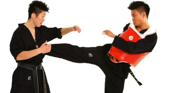 How to Do a Sidestep Technique in Taekwondo