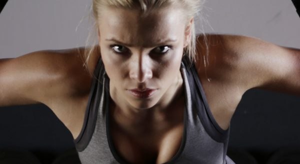 How to Do a Bent-Over Row in Female Bodybuilding