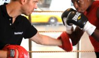 How to Do a Catch Combination in Boxing