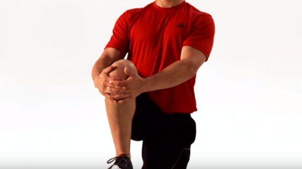 How to do a Standing Knee Hug