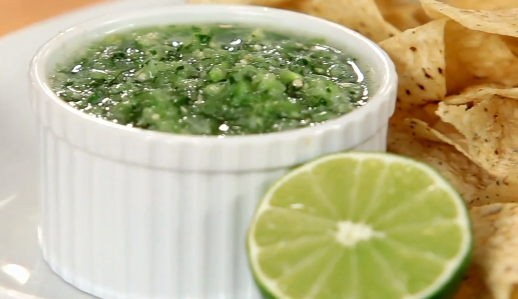 Make Green Salsa