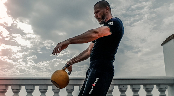 How to Burn Fat Quickly with Kettlebells