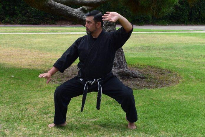Wide kneel Stance in Kenpo Karate
