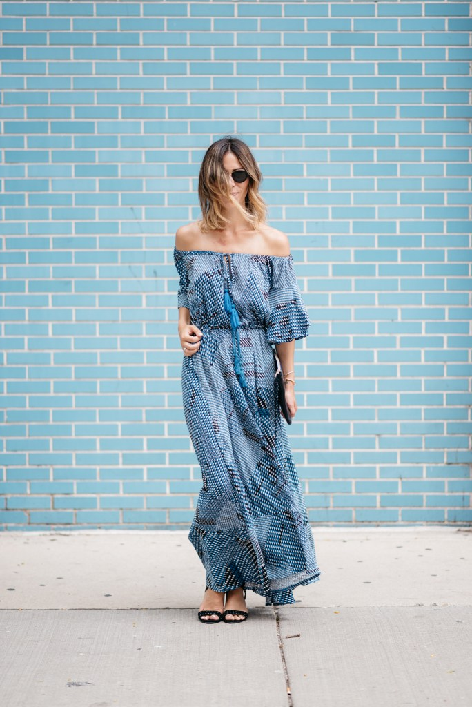 off the shoulder maxi, nine west suede studded sandals, Chicago West Loop, Chicago Fashion Blog, Sports and Fashion