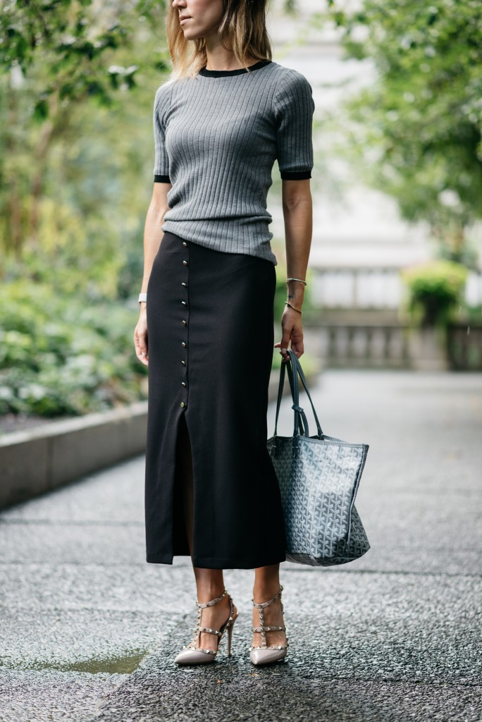 Who What Wear Crew Top, Valentino Rockstud Pumps, Goyard Tote, Work Wear Fashion, Chicago Fashion Blogger