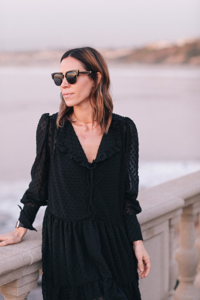 Free People Retros Sunglasses with H&M Wrap Dress