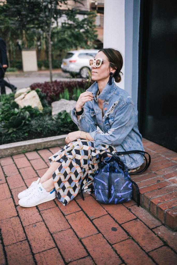 Blogger Mary Krosnjar Columbia Travel tip and travel fashion