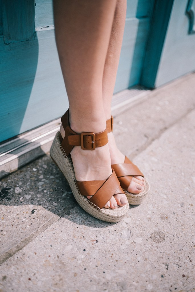 Blogger Mary Krosnjar wearing Sole Society Audrina Espadrilles