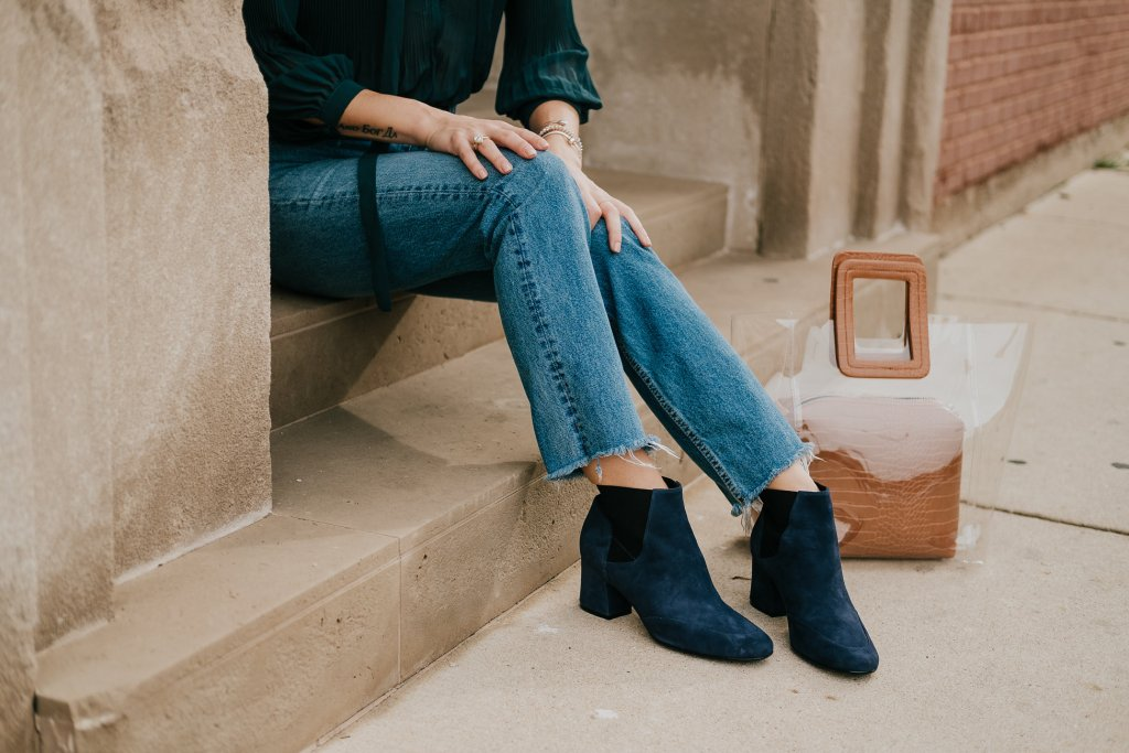 Blogger Mary Krosnjar wearing Clear Bag and Naturalizer Suede Booties