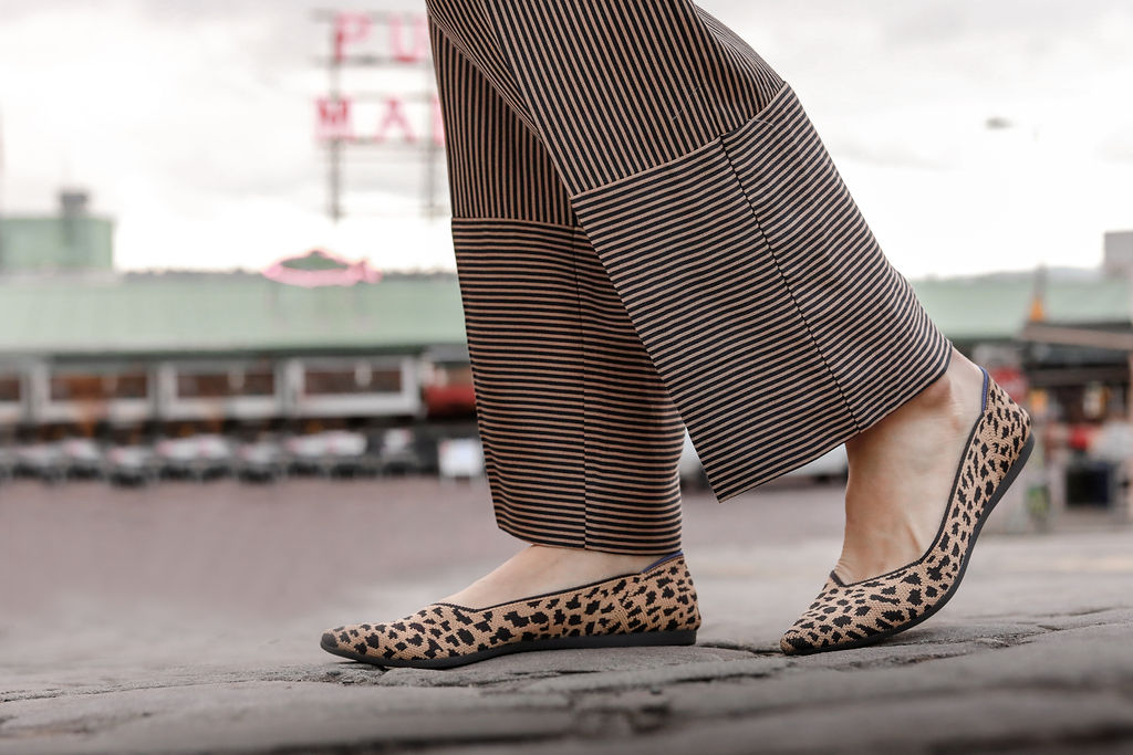 Blogger Mary Krosnjar wearing Point Sur paperbag pant in stripe and Rothys the Point