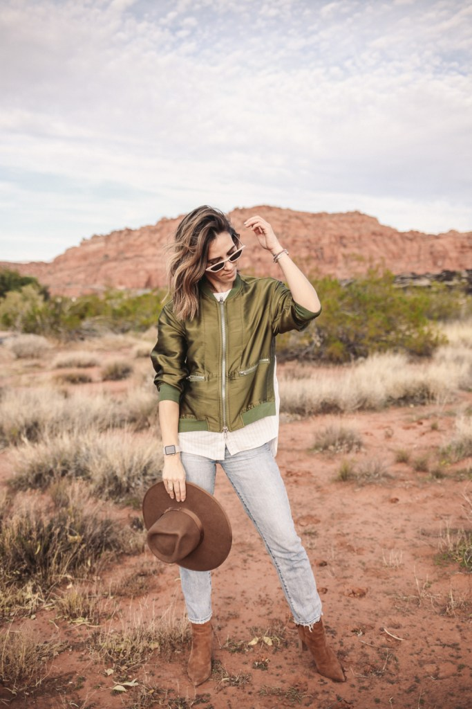 Blogger Mary Krosnjar wearing Brixton Wide Brim Hat and Red Mountain Resort