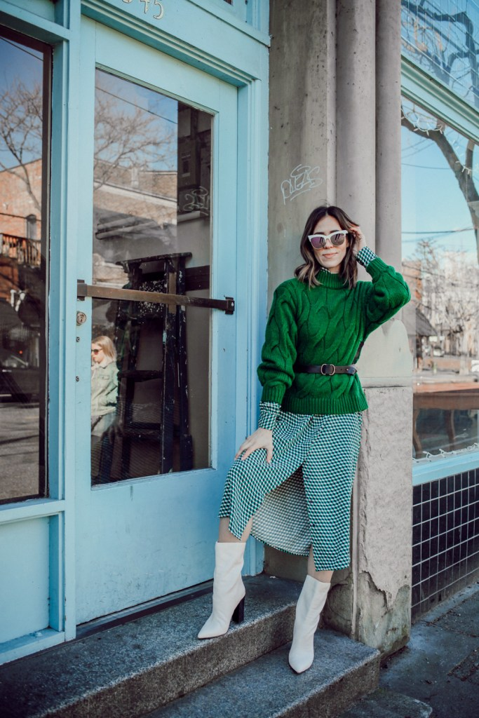 Blogger Sportsanista wearing H&M Cable Knit Sweater and H&M V-neck dress