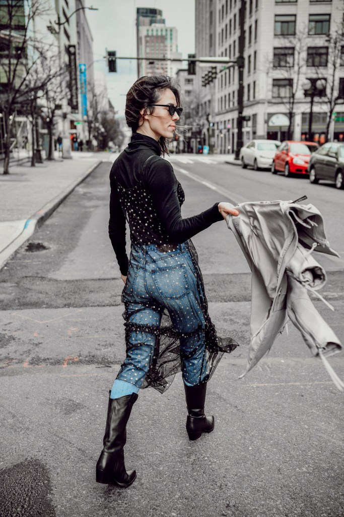 Blogger Sportsanista sharing how to style delicate sheers and Chelsea28 Glitter Star Sheer Full Slip