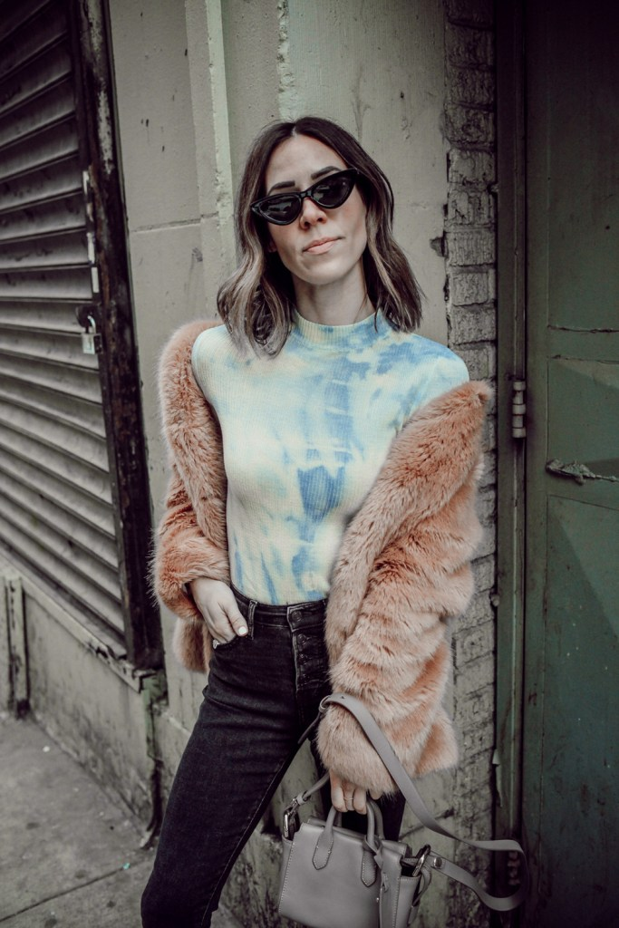 Seattle Fashion Blogger Sportsanista wearing Something Navy Mock Turtleneck and Cat Eye Sunglasses