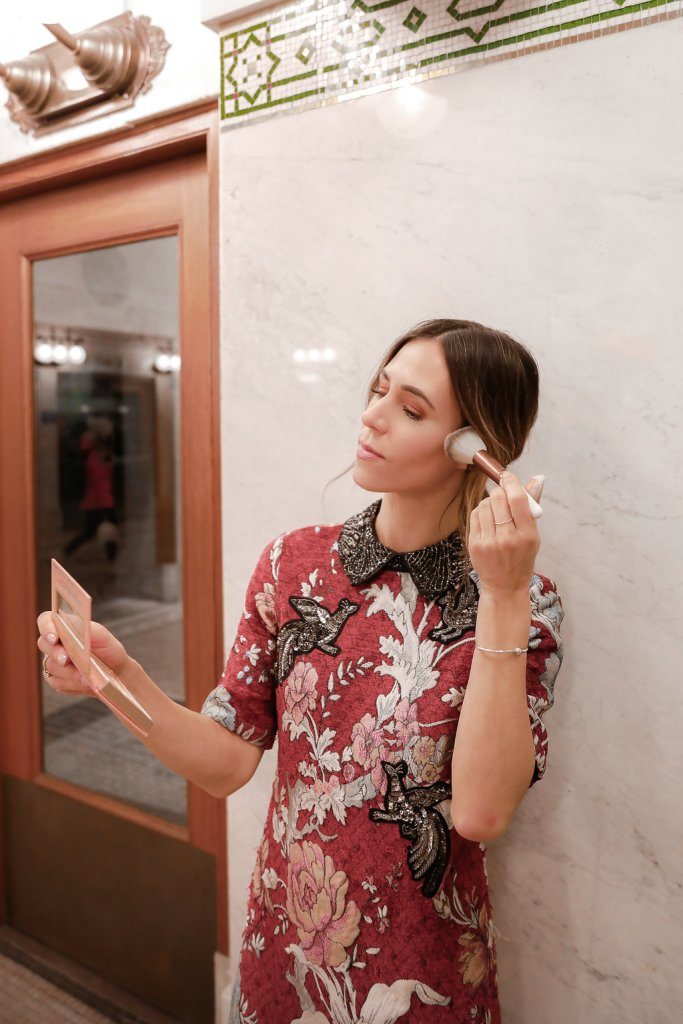 Blogger Sportsanista wearing JOAH Birthday Suit Eyeshadow Palette and ADD TO FAVORITES ZARA RED FLORAL JACQUARD
