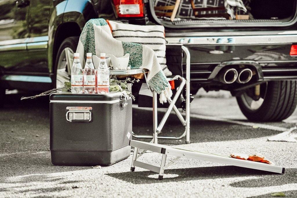 Tailgate party essential, Tailgate Season, DIY tailgate