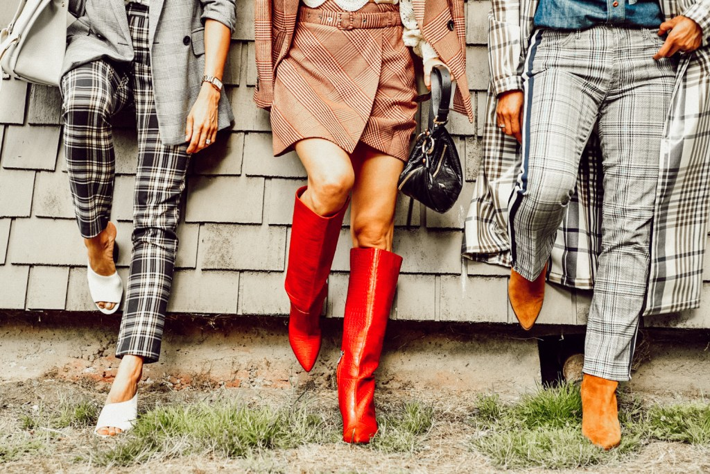 Bloggers wearing the best boots for fall 2019