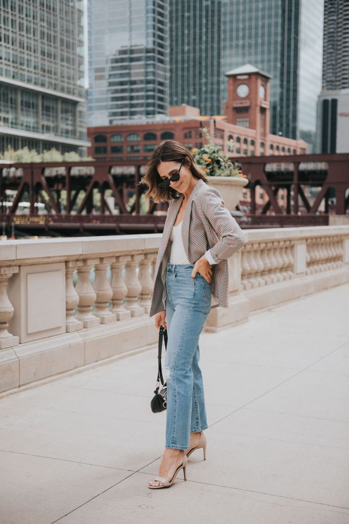 Seattle Blogger Sportsanista sharing how to style a fall plaid blazer with a bodysuit and high waisted denim