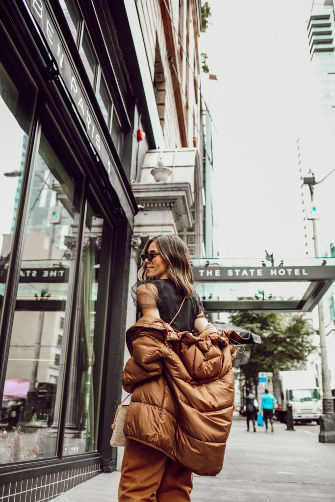 Seattle Fashion Blogger Sportsanista sharing how to style a puffer coat for fall