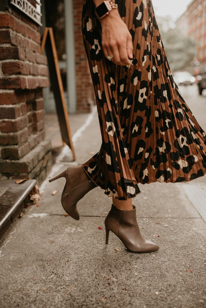 Seattle Blogger wearing Leopard Pleated Skirt and Beige Booties for workwear style