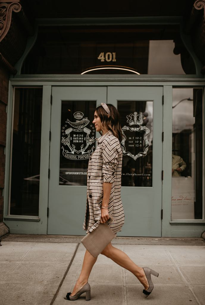 Seattle Blogger wearing Ann Taylor look for work
