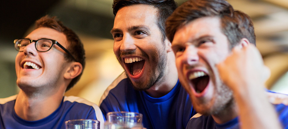 Use Soccer Fan Reaction Videos to Boost Your Sports Bar Social Media Campaigns