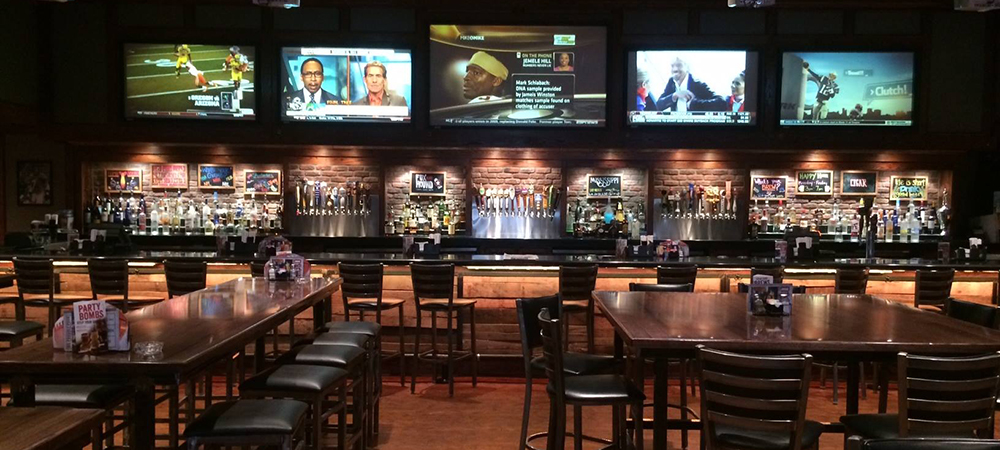 Fox & Hounds Sports Bar declared bankruptcy recently