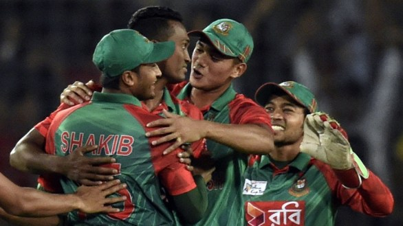 Bangladesh-enjoys-early-wicket-of-Rohit-Sharma