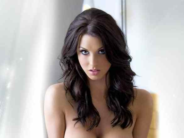 Alice Goodwin - Hottest WAGs Of Footballers