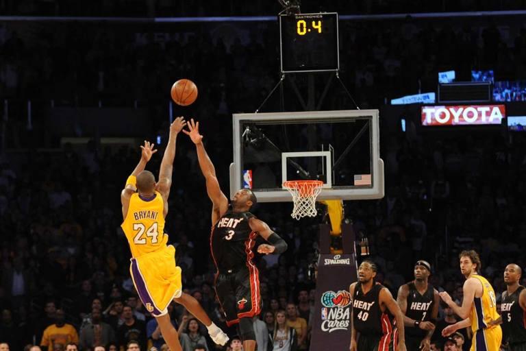 Compare The Pair - No. 8 Kobe Bryant vs No. 24 Kobe Bryant 1