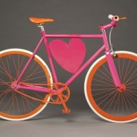 Capacete na bike também é fashion!