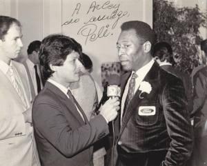 Con el Rey Pele, Edson Arantes Do Nascimento.
