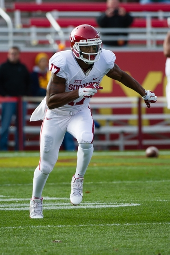 Wide receiver Jordan Smallwood prior to the Iowa State game in 2014 (Steven Branscombe/USA TODAY Sports)