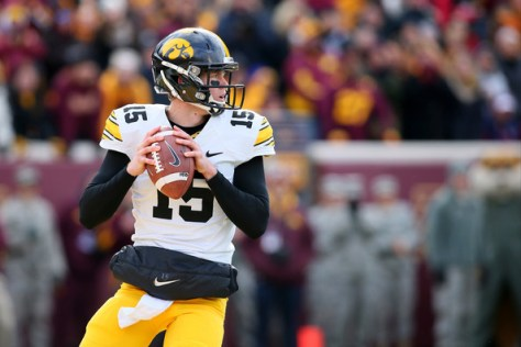 Jake Rudock against Minnesota in 2014 (Adam Bettcher/Getty Images North America)