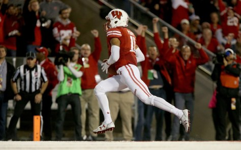 Jazz Peavy had a touchdown catch against Ohio State, but he also played a big role in the rushing attack for the Badgers. (Dylan Buell/Getty Images North America)
