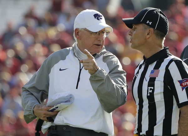 Bill Snyder (left) is one win away from leading Kansas State to their 7th straight bowl game. (David Purdy/Getty Images North America)
