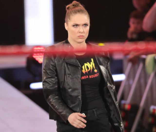 Wwe Raw Results Recap Ronda Rousey And Roman Reigns Impress In Hot Show Cbssports Com