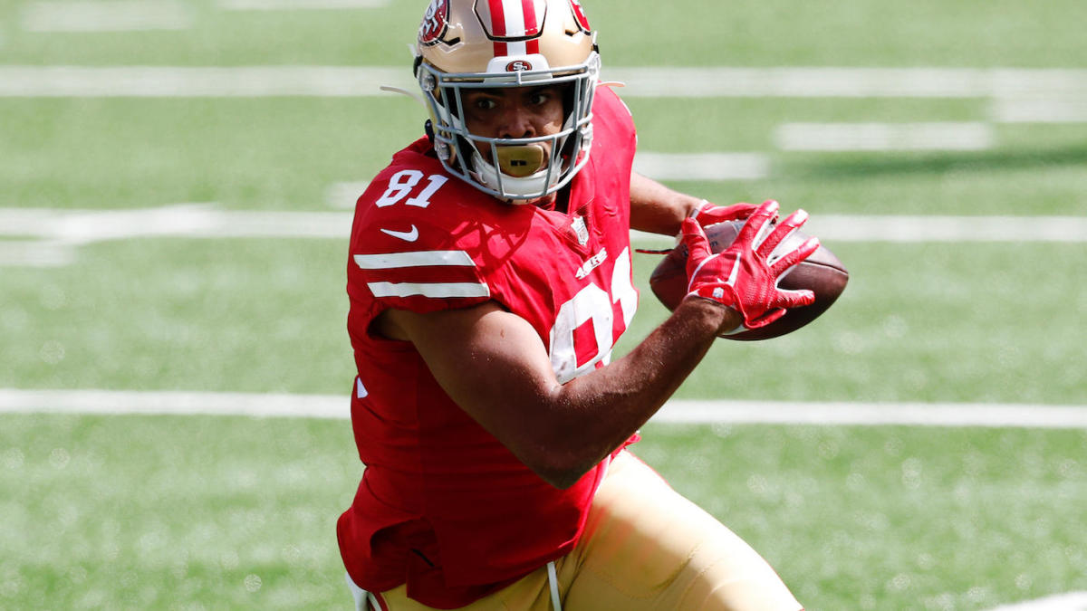 49ers' Jordan Reed goes down with ankle injury at Giants' MetLife Stadium, exits again after brief return