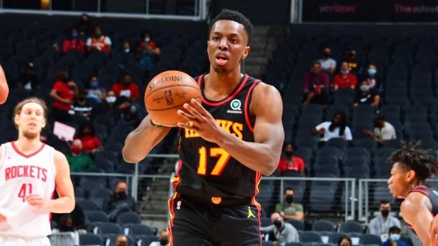 Hawks center Onyeka Okongwu out six months after having surgery to repair  torn labrum, per report - CBSSports.com